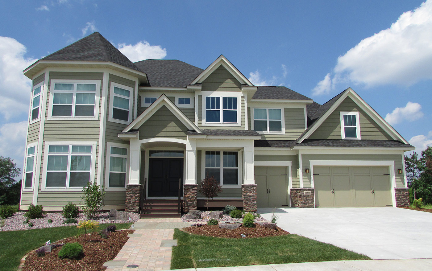 Custom home exteriors custom home builders new home for Home builder contractors