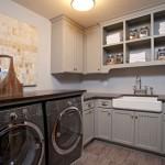 custom home laundry room mn